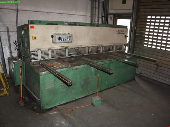 Used Elga 3010 hydraulic sheet metal shears for Sale (Auction Premium)