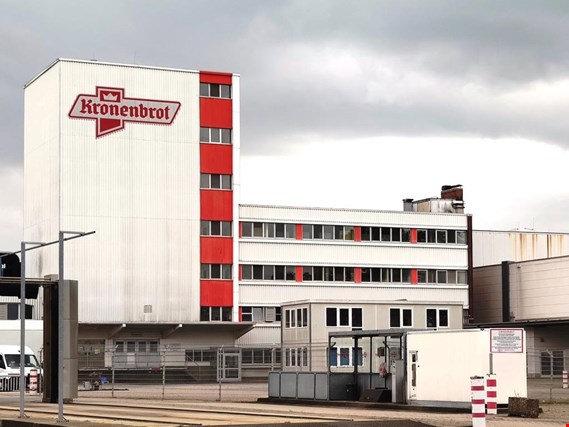 Industrial bakery Kronenbrot - Machines, facilities, operating equipment