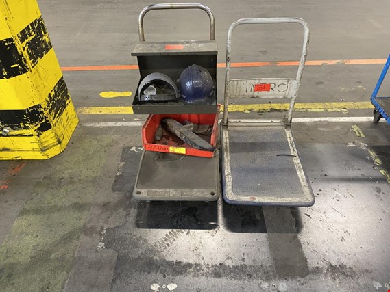 2 small trolleys (Auction Premium) | NetBid ?eská republika