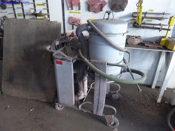 NIlfisk T22 Industrial vacuum cleaner (Auction Premium) | NetBid ?eská republika