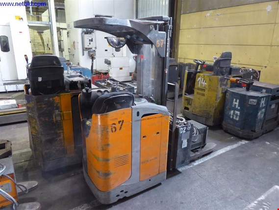 Used Still FV-X 12 Ride-on forklift (67) for Sale (Auction Premium) | NetBid Industrial Auctions