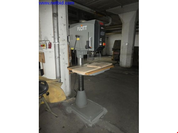Used Flott M3 ST Säulenbohrmaschine for Sale (Auction Premium) | NetBid Industrial Auctions