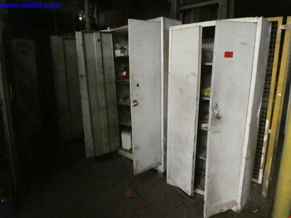 Used 1 Posten Metal cabinets for Sale (Trading Premium) | NetBid Industrial Auctions