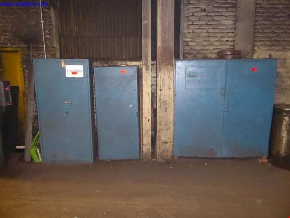 Used 1 Posten Storage shelves for Sale (Auction Premium) | NetBid Industrial Auctions