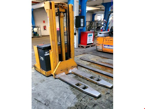 Used Jungheinrich EJC-C Elektro-Hochhubwagen for Sale (Auction Premium) | NetBid Slovenija