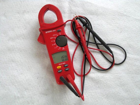 Used Digital Current Clamp Multimeter + Voltage Tester for Sale (Auction Premium) | NetBid Industrial Auctions