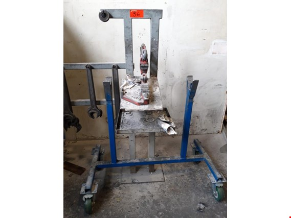 Used Güthle 04/1000 2 clamping and changing racks for Sale (Trading Premium) | NetBid Industrial Auctions