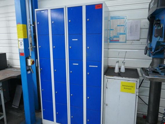 2 Staff lockers (Auction Premium) | NetBid ?eská republika