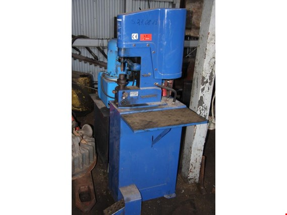 Used ULMARK WK 2 Riveting machine - pneumatic for Sale (Auction Premium) | NetBid Industrial Auctions