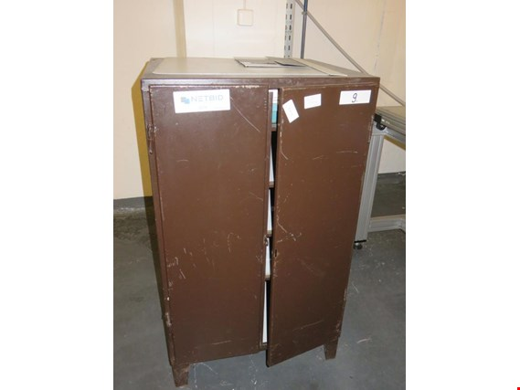 Used Tool cabinet (5 pcs.) for Sale (Trading Premium) | NetBid Industrial Auctions