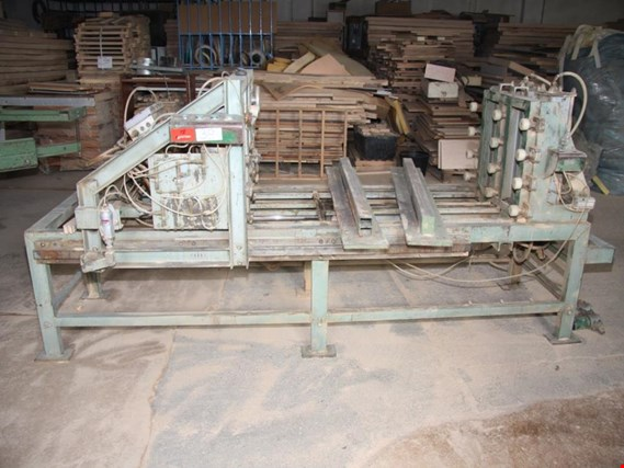 Pneumatic compression press de ocasión (Auction Premium)