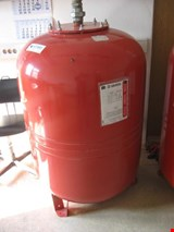 Varem Expansion tank for heating system
