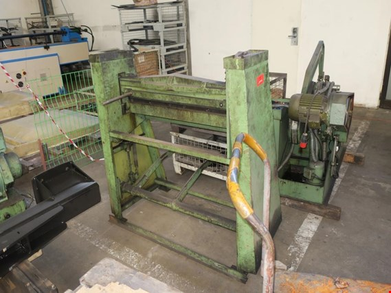 Used Guillotine shears foot-operated for Sale (Auction Premium) | NetBid Industrial Auctions