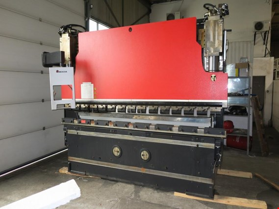 Used Amada HFE- M2-1303/4 Hydraulic press brake for Sale (Auction Premium) | NetBid Industrial Auctions