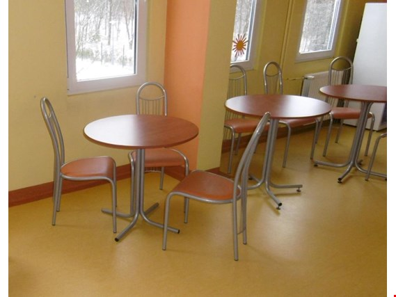 Used Wooden table with metal legs, 10 pcs for Sale (Auction Premium) | NetBid Slovenija