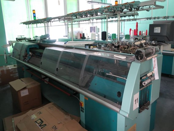 Used UNIVERSAL MC-848 Knitting machine for Sale (Auction Premium) | NetBid Slovenija