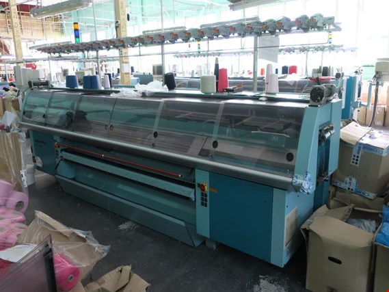 UNIVERSAL MC-844 XL Knitting machine (Auction Premium) | NetBid ?eská republika